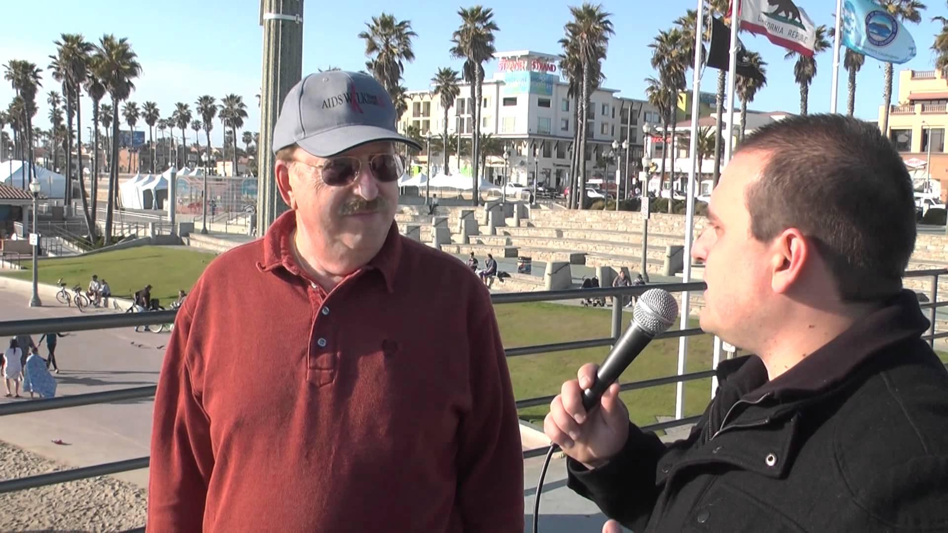 Economic Collapse Awareness on the Streets of Huntington Beach