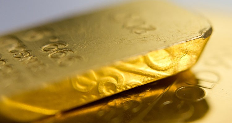 10 Different Experts That All Endorse Gold