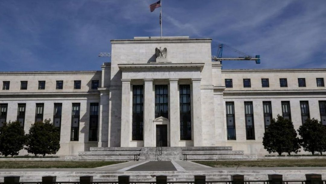 SCRAMBLING: The Federal Reserve's FedNow System Disrupts Banks… Against Banks!
