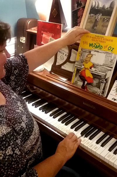 piano wizard of oz