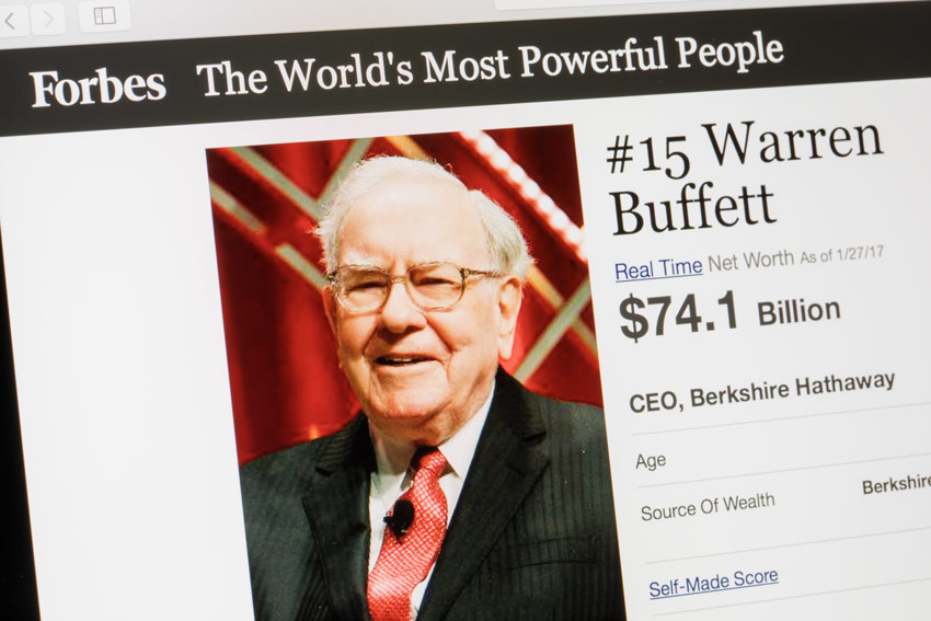 Buffett Bought Gold Mining Shares. Is He Hedging Against an Imminent Financial Collapse?